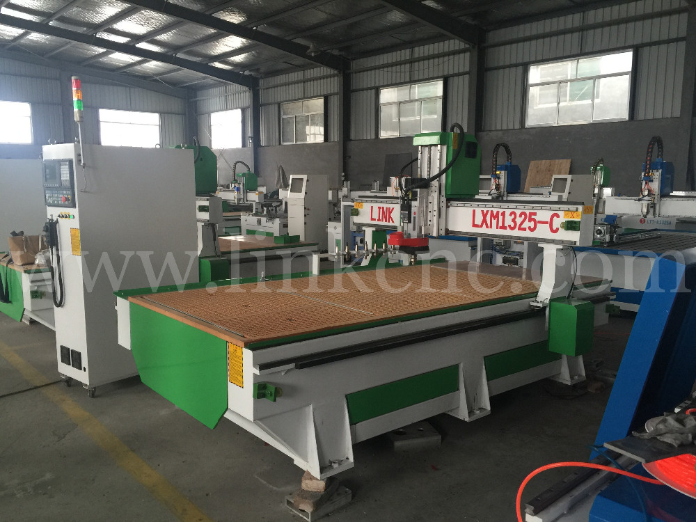 1325 High Quality Atc Cnc Router For Wood Kitchen Cabinet Door Wood Making Cnc Router Machine