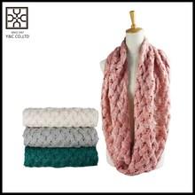 Venta caliente moda infinito color sólido bufanda que hace punto para mujeres