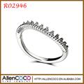 Venta caliente sencillo anillo de circonio cúbico diseño de moda R02946