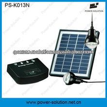 Sistema solar con 2 bombillas LED y el cargador del teléfono
