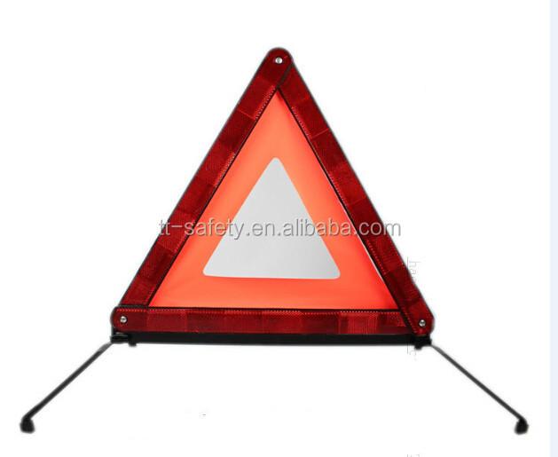 bon prix en plastique abs rouge couleur triangle d 39 avertissement de voiture r fl chissants avec. Black Bedroom Furniture Sets. Home Design Ideas