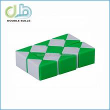 "Snake 15"" Magic Ruler Twist Puzzle, Green / White Triangle Snake Magic puzzle Cube"