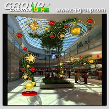 Decoraciones de vacaciones interior centro comercial