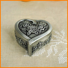 European classical carved zinc alloy jewelry box princess wedding gift 2127S / P trumpet