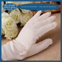 2013 Fashion new design useful 100% cotton working hand glove