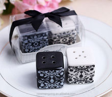 Wholesales Wedding Gifts Favor Salt and Pepper Shaker with decorations