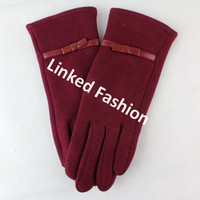 Stocks Sexy Lady Wine touch screen knit glove with PU Bows fashion style for fall winter guante luva Handschuh