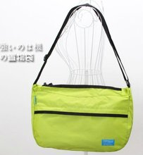 2012 the fashion nylon messenger bag single strap