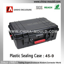 plastic equipment case with handle for equipment