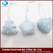 Redesign top funny art craft plastic hollow balls