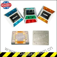 Different Colours Of Strobe Solar Pavement Light For Traffic