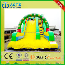Newest hot selling giant dragon inflatable water slide