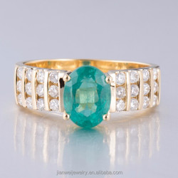 Fine Jewelry Solid 18Karat Yellow Solid Gold 1.52CT Natural Colombia Emerald & Diamond Ring