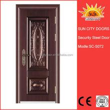 Decorativo puerta de acero con marco moldeado