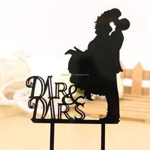 Mr. & Mrs. Kissing Couple silhueta acrílico bolo de casamento Topper personalizado personalizado decoração do bolo