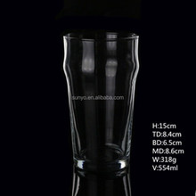 Wholesale handblown wave shaped popular tulip beer pint glass tumbler