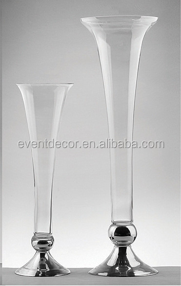 G Clear Glass Vase