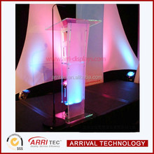 China wholesale 10 years factory ceremory speak rosetrum modern elegant floor standing acrylic dais lexiglass lecterns