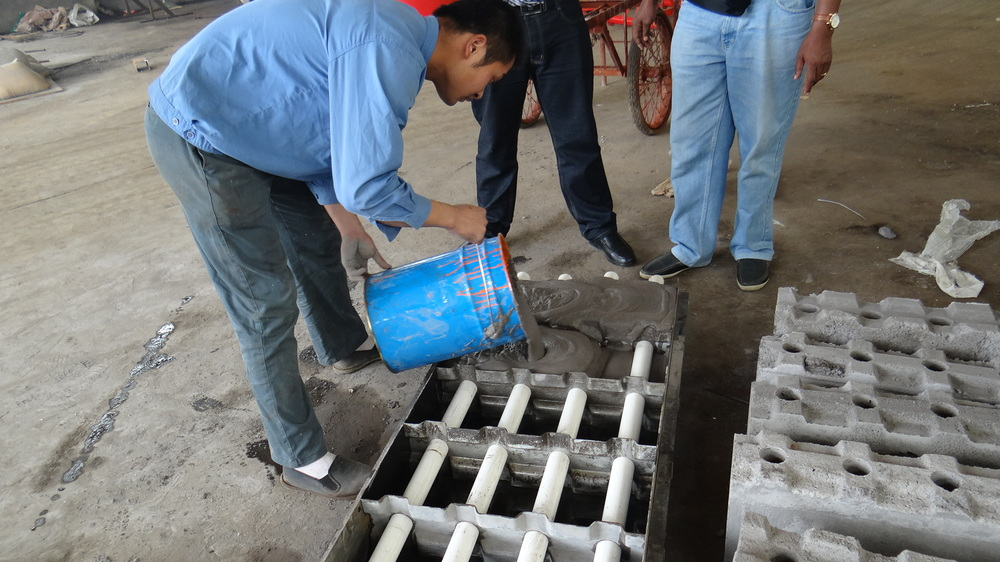 New type cheapest clc foam concrete block manual mold for for Foam concrete forms for sale