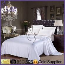 Factory Home Textile Bedding Sets/Mulberry Silk Patchwork Quilt/Comfrter Sets
