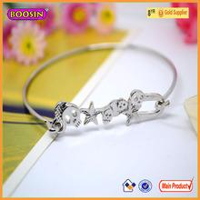Custom high quality elegant gold bangles skull shaped cool bangle bracelets #31169