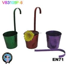 Bright color embossing hanging garden pot and planter with KD handle