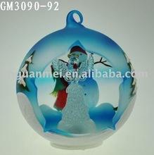 Pintado a mano decoración de la navidad con un ángel del LED en el interior