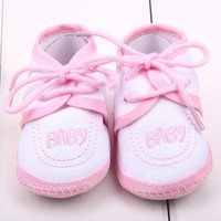 2015 Light pink baby christening shoes/baby girl shoes