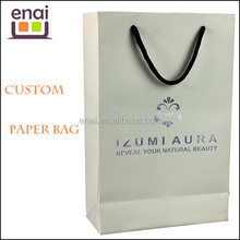 customizing low cost matte or glossy laminated paper bag with stamping silver or golden logo