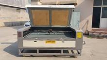 Aol2030 2000 * 3000 mm Auto función de alimentación cnc CO2 máquina de corte por láser / tela de máquina de corte por láser