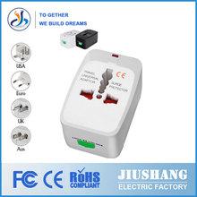 En 150 países de todo el mundo del remolque y tapones 110-250v 10a toma de corriente eléctrica
