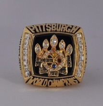 Basketball / Baseball / Football / Hockey Champion Ring