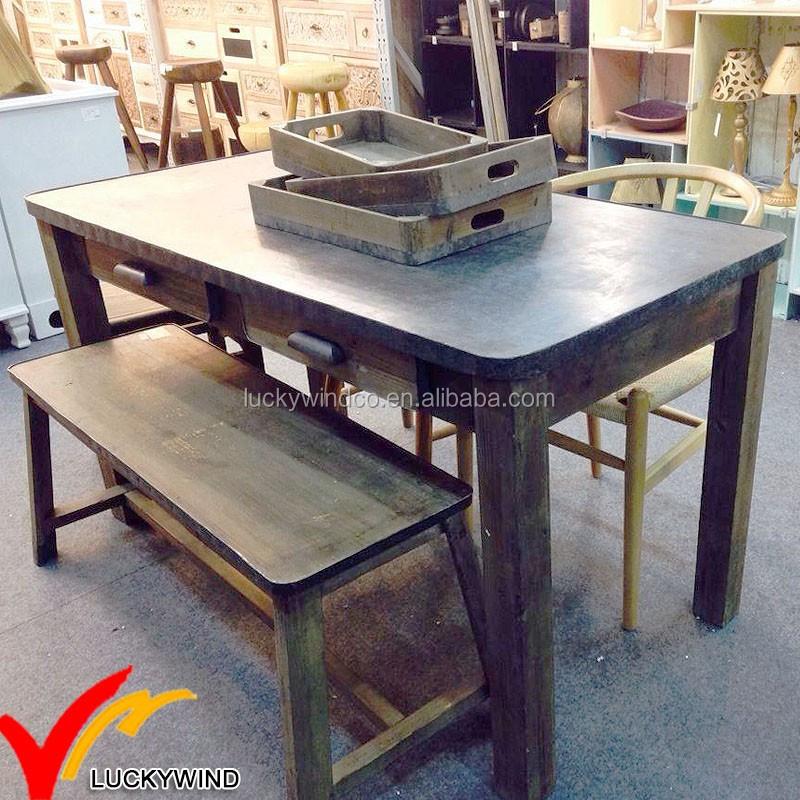 en difficult la main mobilier industriel vintage rustique recycl en bois table manger. Black Bedroom Furniture Sets. Home Design Ideas