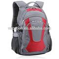 designer de mochilas escolares para adolescentes