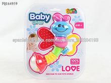 2014 juguetes de plastico sonajero para bebé