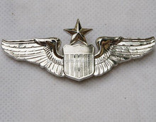 USAF U.S. AIR FORCE SENIOR PILOT METAL WING INSIGNIA BADGE
