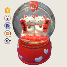 Holiday gifts High quality resin customized musical snow globe