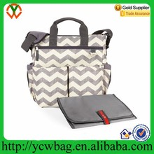 2015 Hot sale stroller straps with changing mat travel chevron diaper bag