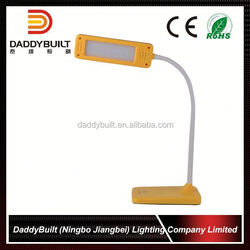 Excellent factory directly economy plastic material folded flexible led desk lamp