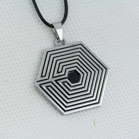 Free shipping Fashion Personality EXO Star team Maze Mark Logo Geometric Pendant Necklace N-68
