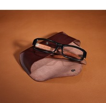 2015 new design custom logo soft genuine leather eyeglass case