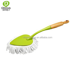 2015 new design Microfiber head Car duster with wooden handle