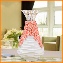 Pottery flower vase of pink roses European ornaments creative gifts wholesale manufacturers