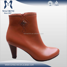 2014 Beautiful accessories high quality leather ankle boots