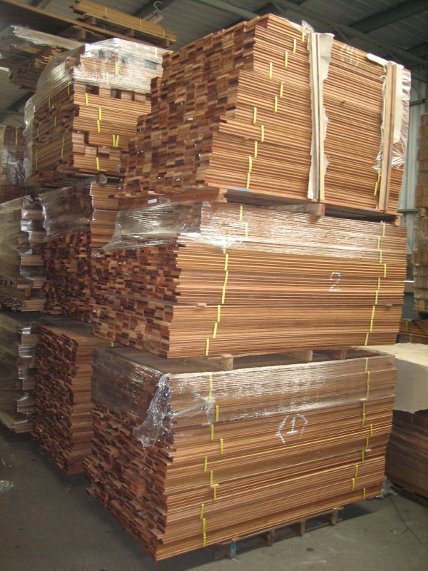 Solid wood flooring buy solid wood flooring product on for Buy unfinished hardwood flooring