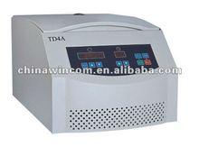 2015 High Quality Laboratory Medical Centrifuge Instrument