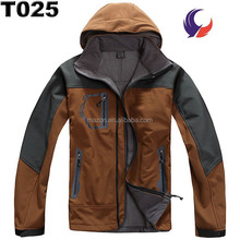 Wholesale brand name outdoor clothing waterproof softshell jacket for men T25