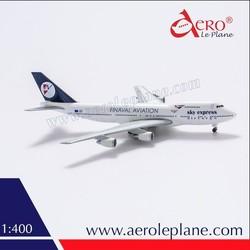 B747 1:400 Boeing B747 Sky Express Diecast Best Special Miniatures Engine Civil Sculpture Airplane Metal Aircraft Model