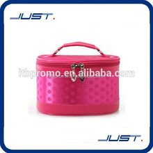Low MOQ high performance personalized hanging cosmetic bag