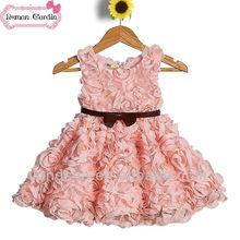 Flor color de rosa vestido de lujo 2-6 niños desfile de moda vestidos de rojo y blanco de la boda vestidos con cinturón